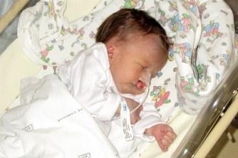Nina ainda no hospital
